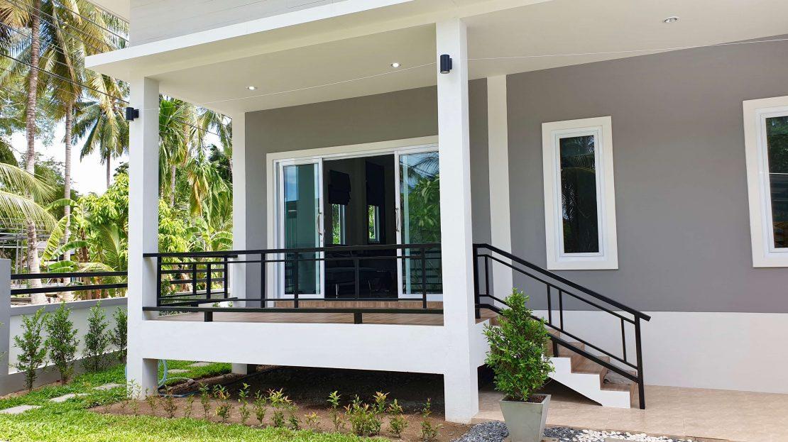 Новый дом с 2 спальнями в районе Маенам в аренду на Самуи