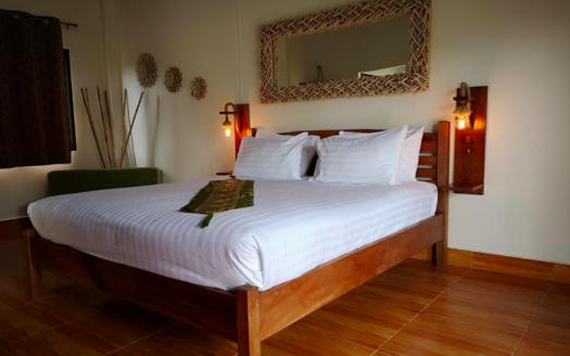 Дом 1 спальня с общим бассейном на Бопуте рядом с пляжем