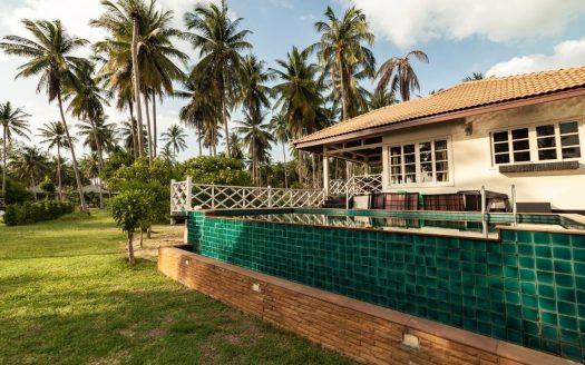 Дом на берегу моря в аренду на Самуи в районе Банг По