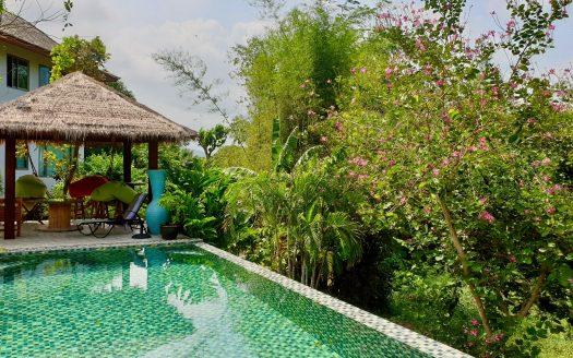 Дом с 3 спальнями и прекрасным садом в районе Плай Лаем в аренду на Самуи