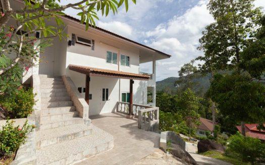 Вилла с 3 спальнями и видом на Ламаи в аренду на Самуи