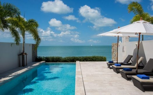 Absolute Beachfront 2 Bedrooms Villa for rent in Samui
