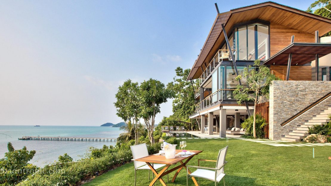 Вилла с 5 спальнями на берегу моря в районе Талинг Нгам в аренду на Самуи