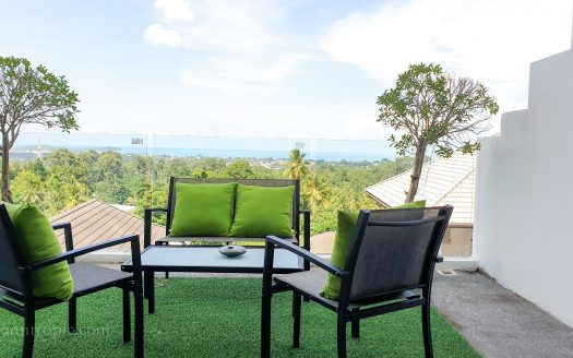 Apartment with 4 bedrooms overlooking Chaweng Beach for rent in Samui