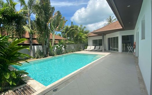 3 bedroom villa in Chong Mon for rent in Samui