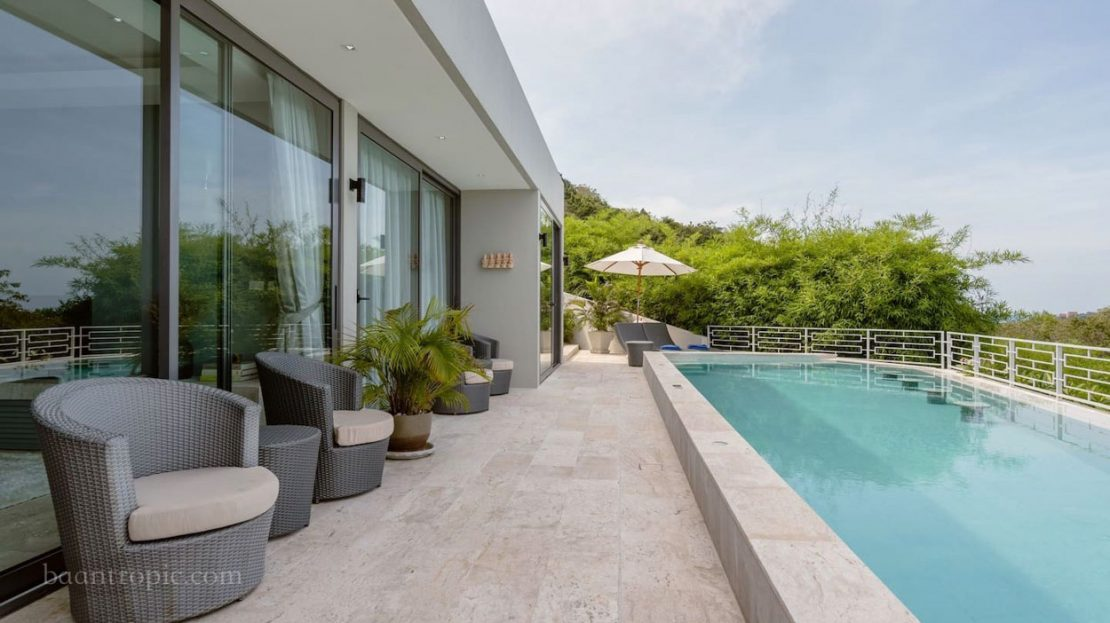 Luxury villa with 2 bedrooms and sea views for rent in Koh Samui