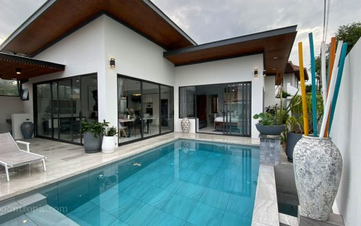 3 Bedroom Villa Near Maenam Beach